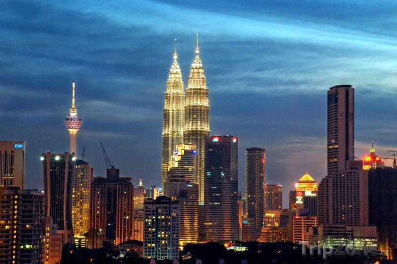 Fotka, Foto Kuala Lumpur za soumraku (Malajsie)