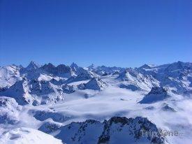 Les 4 Vallées, panoráma alpských vrcholků z Mont-Fort