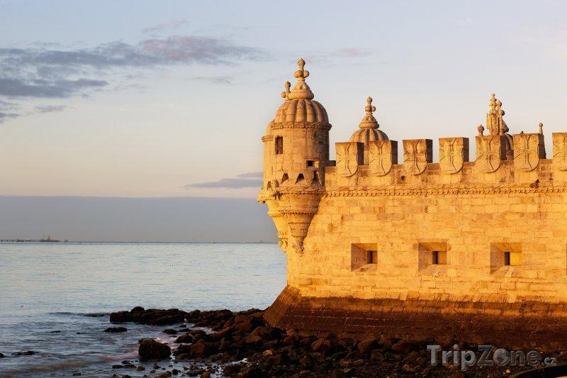 Fotka, Foto Lisabon, pohled na část Torre de Belém (Lisabon, Portugalsko)