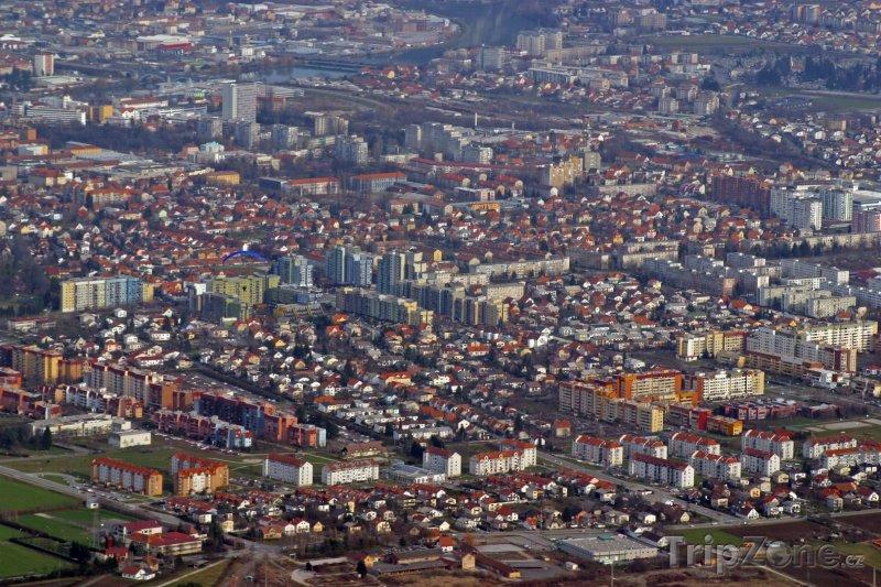 Fotka, Foto Maribor z ptačí perspektivy (Slovinsko)