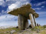 Megalitická stavba Poulnabrone, hrabství Clare
