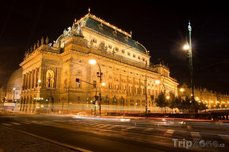 Fotka, Foto Národní divadlo v Praze (Česká republika)