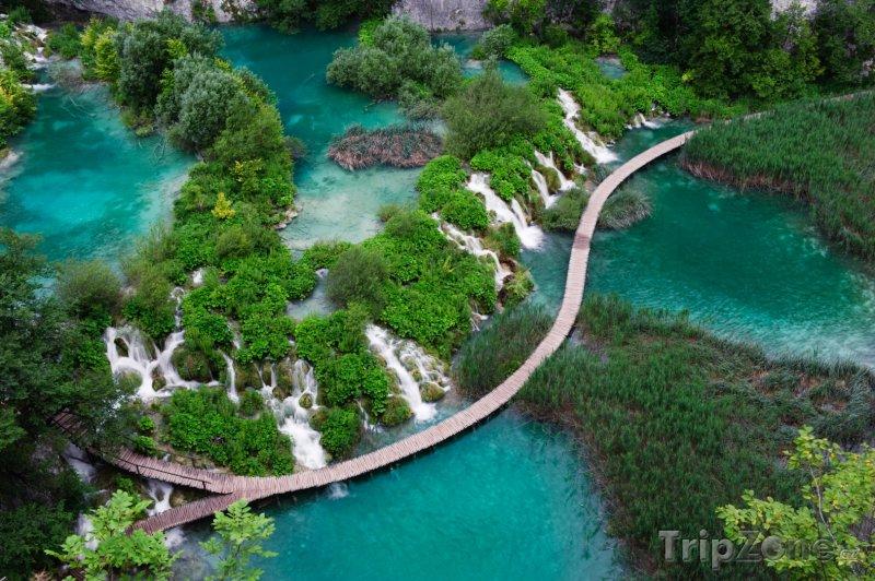 Fotka, Foto Národní park Plitvická jezera z ptačí perspektivy (Chorvatsko)