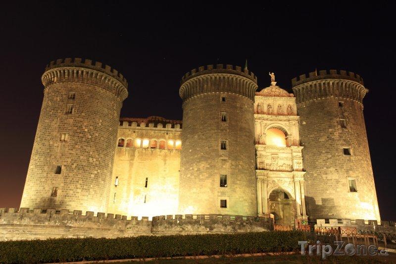 Fotka, Foto Neapol - Castel Nuovo (Neapol, Itálie)