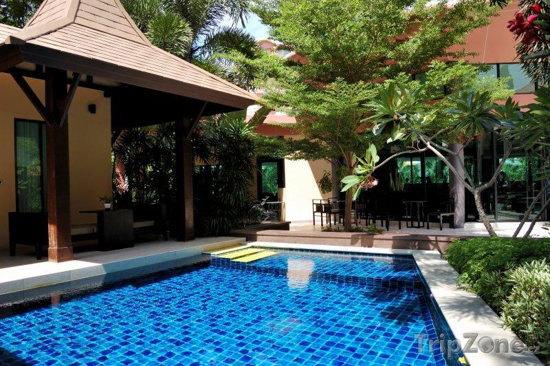 Fotka, Foto Pattaya, bazén u luxusní vily (Thajsko)