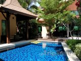 Pattaya, bazén u luxusní vily