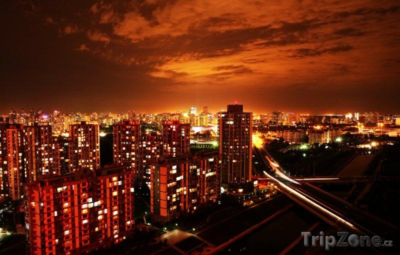 Fotka, Foto Peking - pohled na noční město (Čína)
