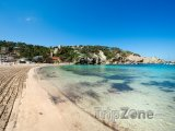 Pláž Cala Vadella na Ibize