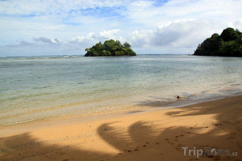 Fotka, Foto Pláž na ostrově Upolu (Samoa)