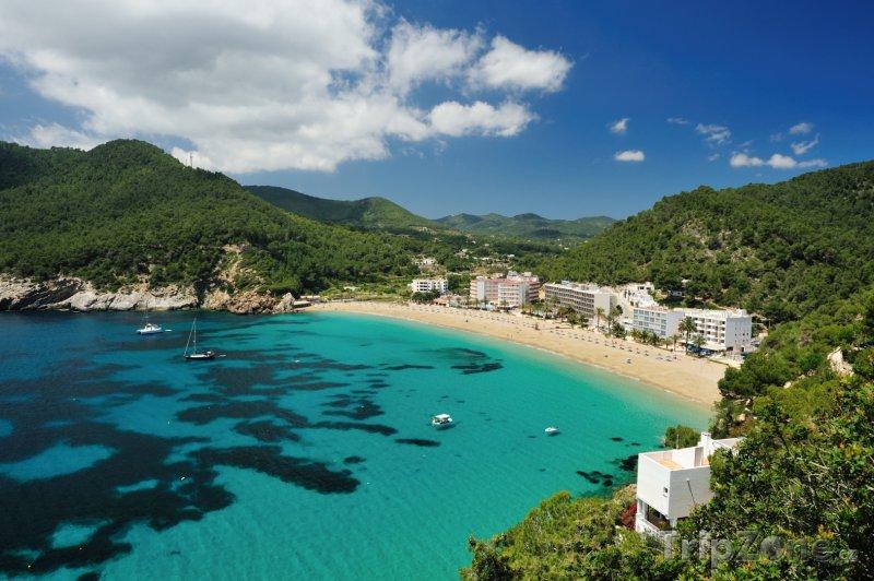 Fotka, Foto Pláž v rezortu Cala de Sant Vicent na Ibize (Ibiza, Španělsko)