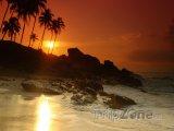 Pláž v západu slunce