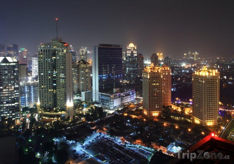 Fotka, Foto Pohled na noční Jakartu (Indonésie)
