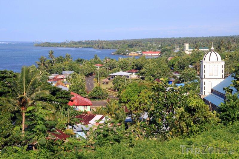 Fotka, Foto Pohled na pobřeží v regionu Tuamasaga (Samoa)