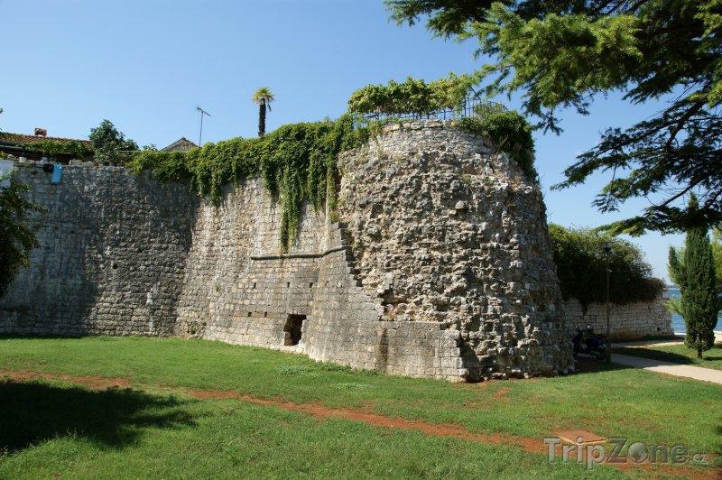 Fotka, Foto Poreč - historické hradby (Chorvatsko)