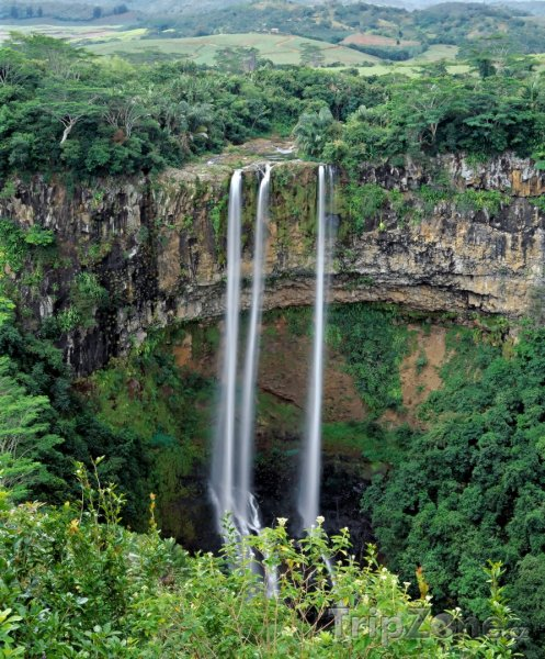 Fotka, Foto Proslulé vodopády v oblasti Chamarel (Mauricius)