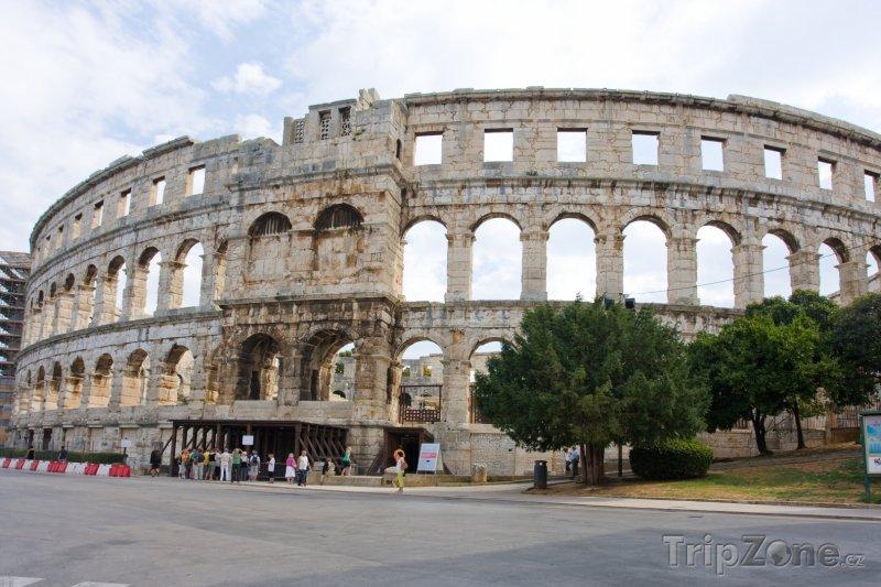 Fotka, Foto Římský amfiteátr ve městě Pula (Chorvatsko)