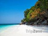 Romantická pláž na ostrůvku Tulai