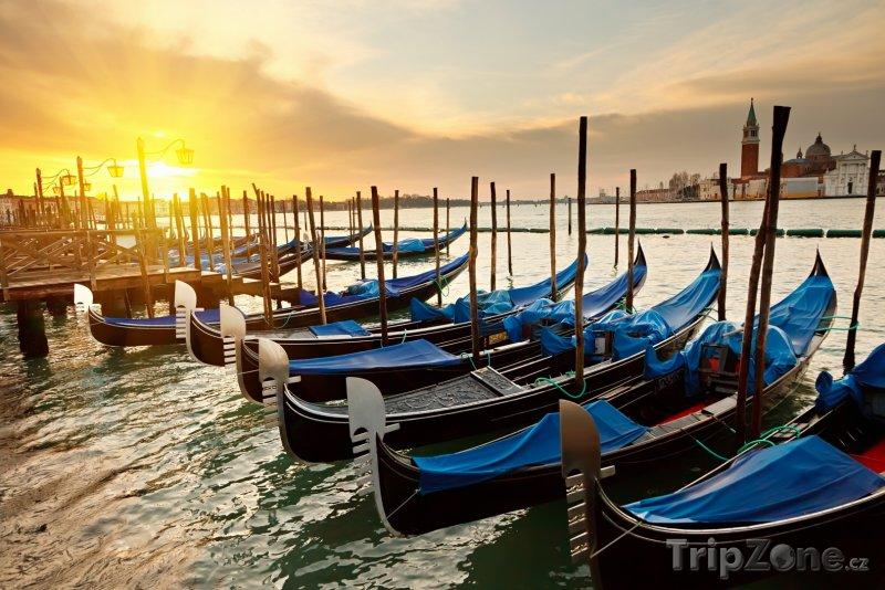 Fotka, Foto Romantický pohled na Benátky (Itálie)