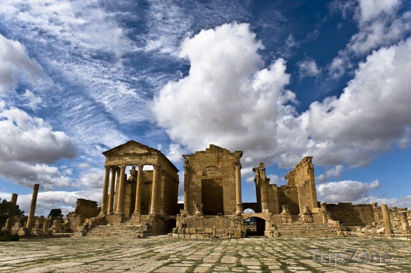 Fotka, Foto Sbeitla, ruiny chrámu (Tunisko)