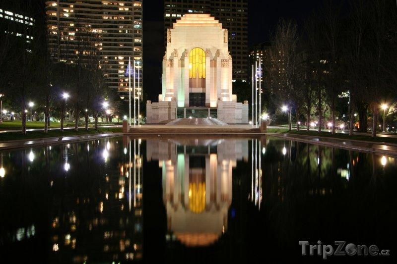 Fotka, Foto Válečný památník v Sydney (Sydney, Austrálie)