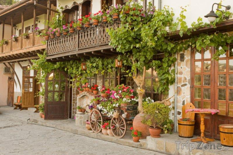 Fotka, Foto Veliko Tarnovo, ulice v historickém centru (Bulharsko)