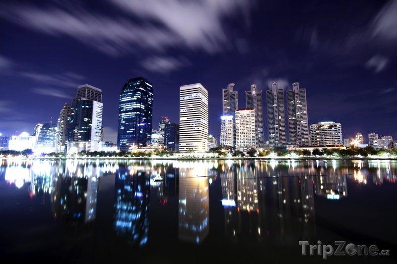 Fotka, Foto Bangkok v noci (Bangkok, Thajsko)