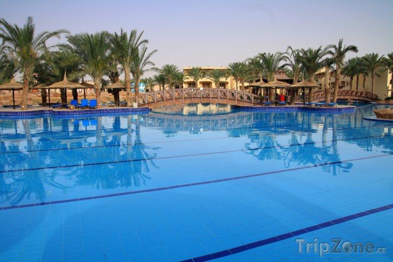 Fotka, Foto Bazén v rezortu Sharm El Sheikh (Sinaj, Egypt)