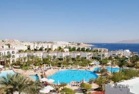 Bazény u hotelových komplexů
