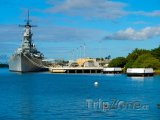 Bitevní loď Missouri v Pearl Harbour