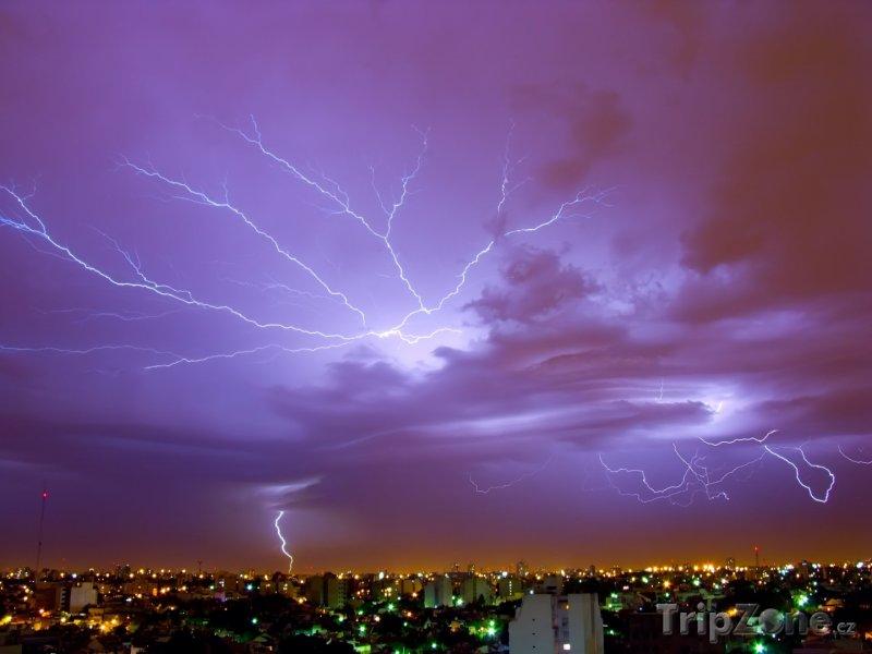 Fotka, Foto Blesky nad městem (Buenos Aires, Argentina)