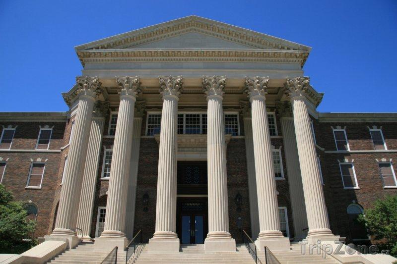 Fotka, Foto Budova Jižní Metodistické univerzity (Dallas, USA)