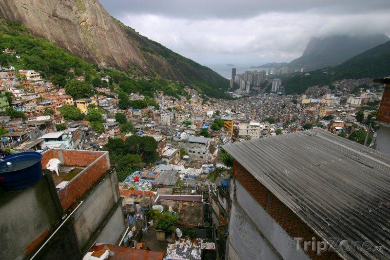 Fotka, Foto Chudinská čtvrť Rocinha (Rio de Janeiro, Brazílie)