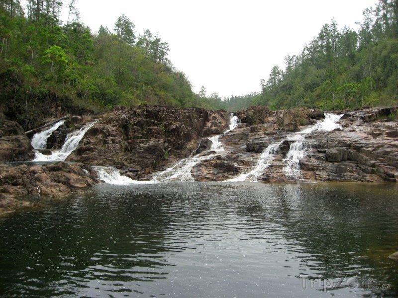 Fotka, Foto Detailní pohled na vodopády Five Sisters (Belize)