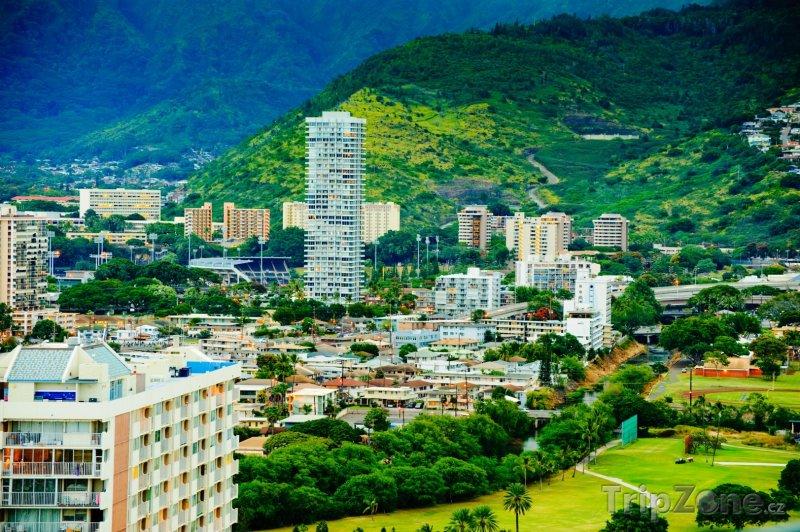 Fotka, Foto Domy na okraji města (Honolulu, USA)
