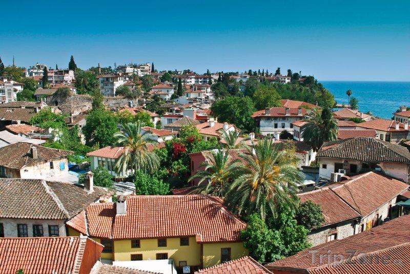 Fotka, Foto Domy ve staré části města (Antalya, Turecko)