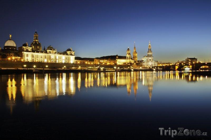 Fotka, Foto Drážďany v noci (Německo)