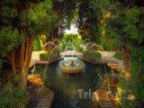 Granada - zahrady u paláce Alhambra