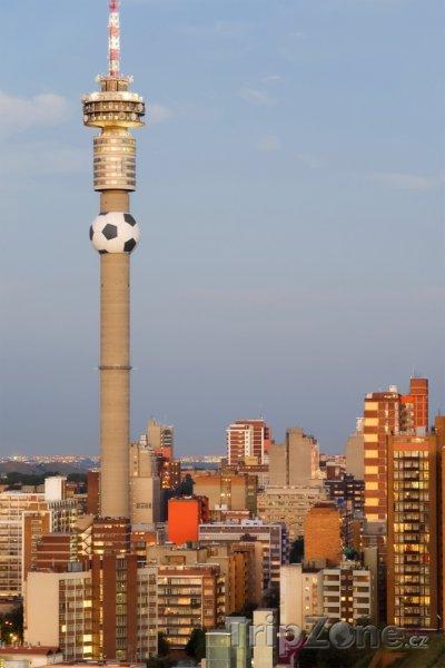 Fotka, Foto Hillbrow Tower (Johannesburg, Jihoafrická republika)