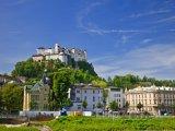 Hohensalcburská pevnost nad městem