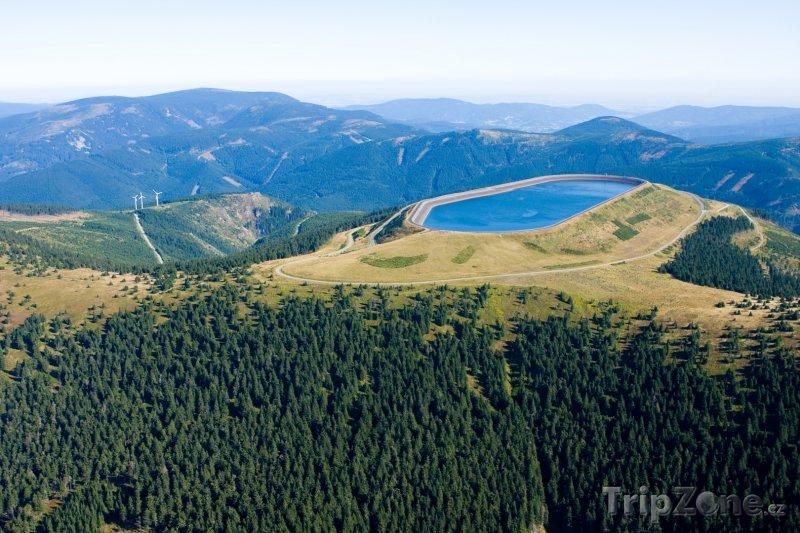 Fotka, Foto Hrubý Jeseník, horní nádrž vodní elektrárny Dlouhé stráně (Česká republika)