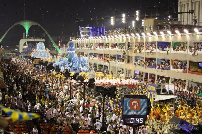 Fotka, Foto Karnevalový průvod na Sambodromu (Rio de Janeiro, Brazílie)