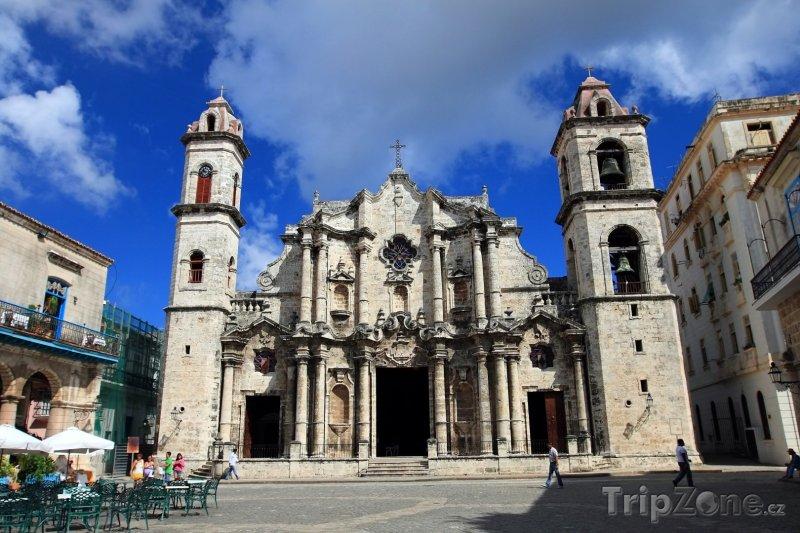 Fotka, Foto Katedrála San Cristóbal na Plaza de la Catedral (Havana, Kuba)