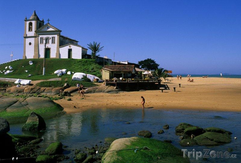 Fotka, Foto Kostelík v oblasti Espírito Santo (Brazílie)
