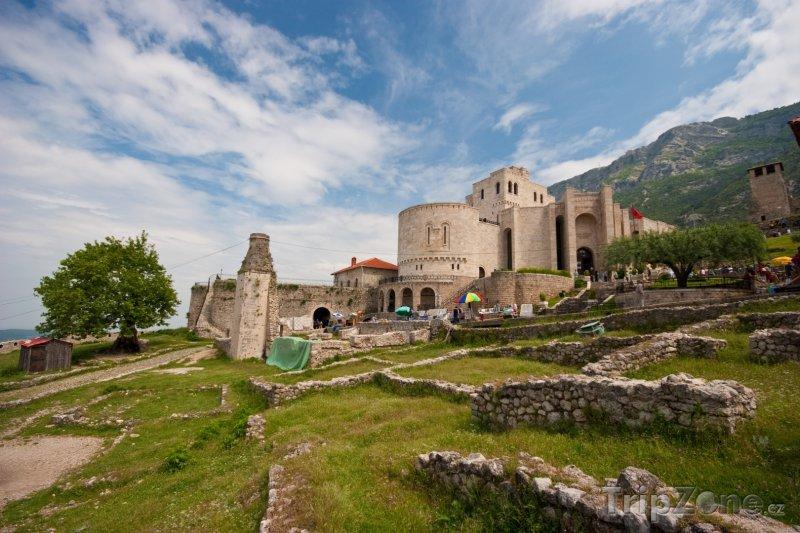 Fotka, Foto Kruje - Skanderbegovo muzeum (Albánie)