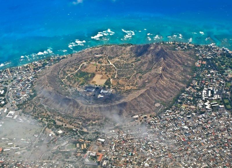 Fotka, Foto Letecký pohled na Diamond Head (Honolulu, USA)
