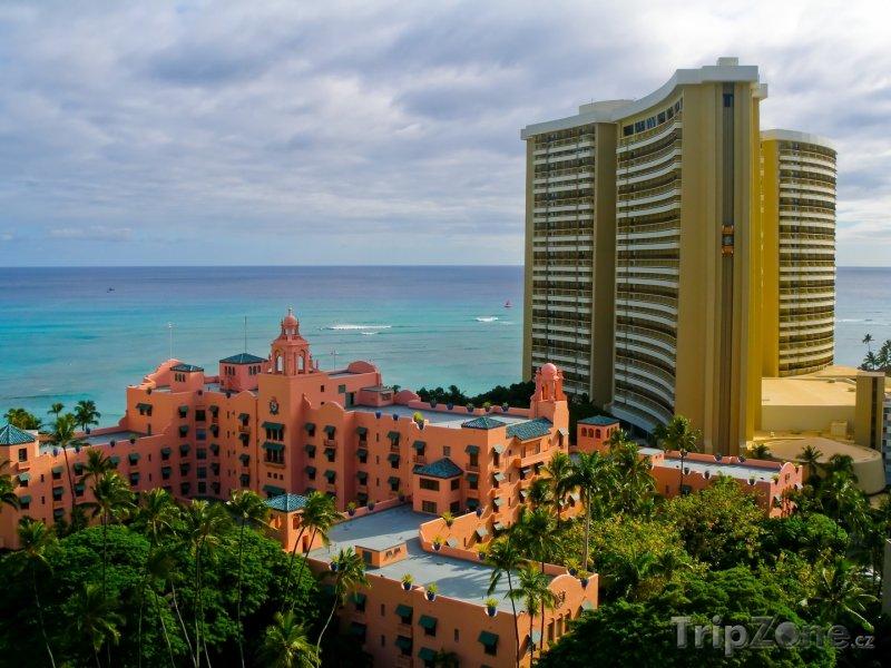 Fotka, Foto Luxusní hotely u pobřeží (Honolulu, USA)