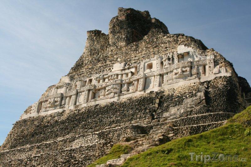 Fotka, Foto Mayské ruiny v Xunantunich (Belize)
