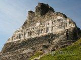 Mayské ruiny v Xunantunich