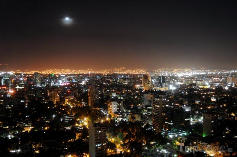 Fotka, Foto Město v noci (Mexico City, Mexiko)
