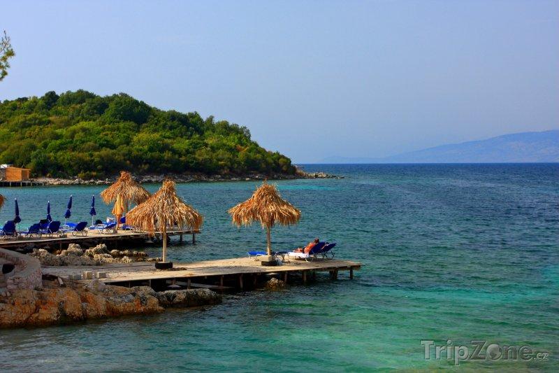 Fotka, Foto Molo na pobřeží Albánie (Albánie)